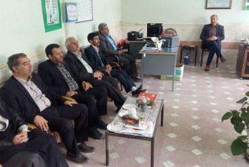 بازدید اعضای شورای شهر و شهردار از مدارس به مناسبت هفته معلم