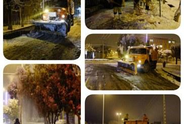 برف روبی شهر در ساعات اولیه بارش