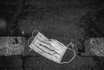 خطر جدی ابتلا به کرونا برای پاکبانان / ماسک و دستکش خود را در خیابان رها نکنید